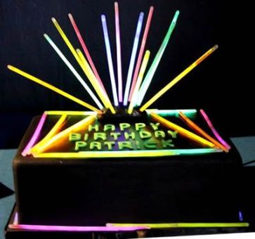 Love the glow sticks incorporated with this - so fun!