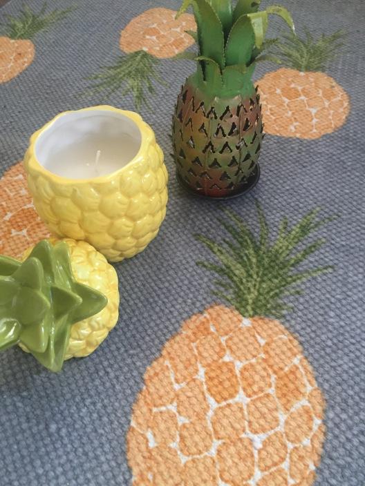Pineapple Gift