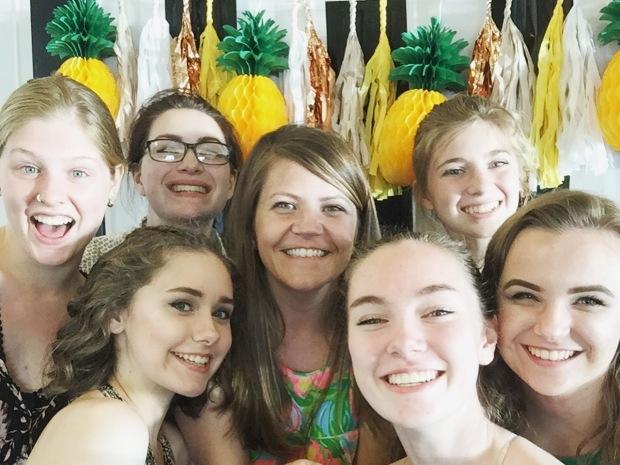 Pineapple Party 2.JPG