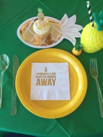 Pineapple Place Setting
