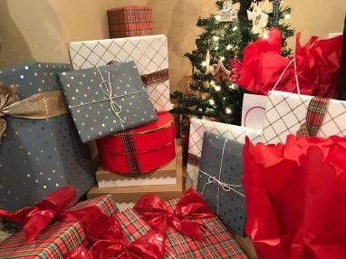 gift-wrap-2