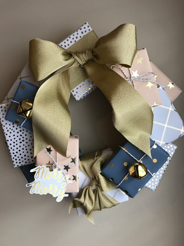 package-wreath-14