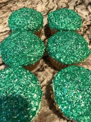 football-cupcakes-4