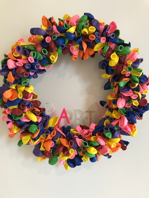 balloon wreath 7