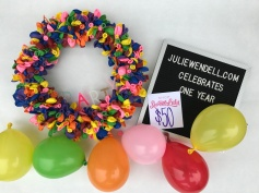 balloon wreath 8